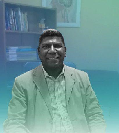 Dr. Alexander de Paula